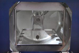 Spritz-Flut-Reinigungsanlage mit Drei-Bad-Technik